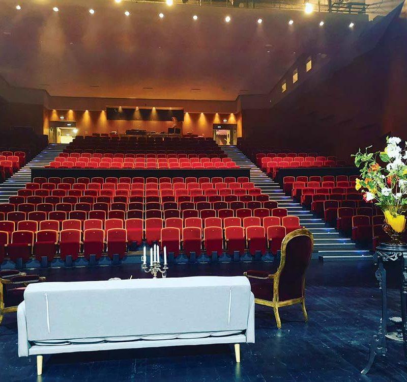 Festival de Théâtre Amateur – Deuxième Acte, Scène 2